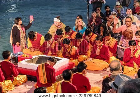 Rishikesh, India - December, 7th, 2016. Ganga Aarti Ceremony In Parmarth Niketan Ashram At Sunset. R