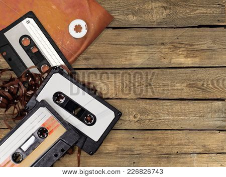 Group Retro Cassettes Play Image Entertainment Background