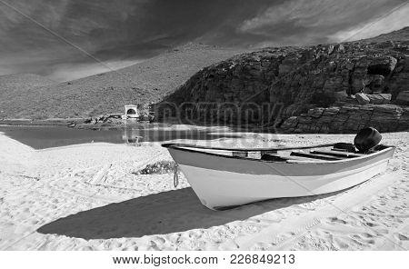 Small Fishing Boat / Ponga At Punta Lobos Beach On The Coast Of Baja California Mexico B C S - Black