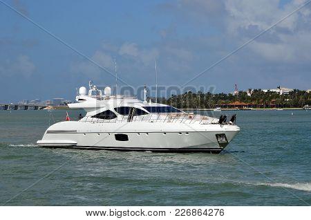 Motor Yacht Idling On The Florida Intra-coastal Waterway Odd Miami Beach.