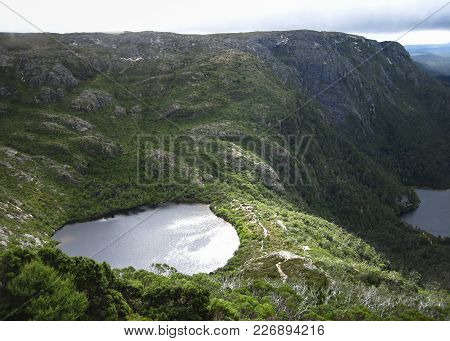 Wilks Lake Sits Nestled On A Plateau In The Cradle Mountain - Lake St Clair National Park, Tasmania.