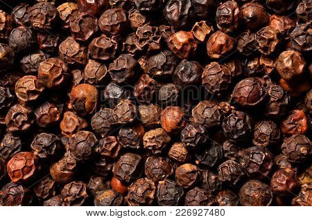 Dried Black Pepper Grains Texture, A Close Up Photo Image On Surface Of Dry Black Pepper Grains Pile