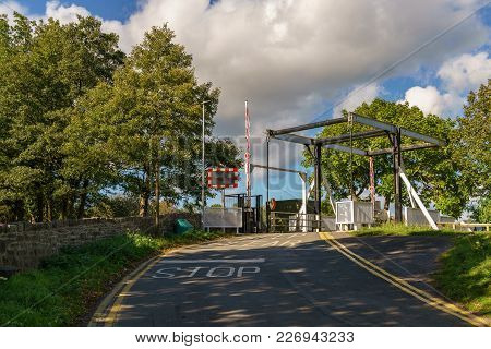 Lift Bridge Over The Monmouthshire & Brecon Canal, Seen In Talybont On Usk, Powys, Wales, Uk