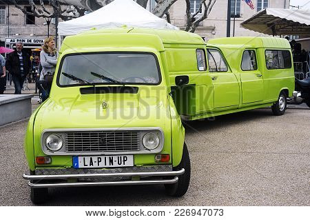 Beaucaire, France - April 30, 2016: A Renault 4l Transformed Into Semi-trailer With Three Car Identi