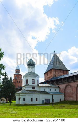 Veliky Novgorod, Russia -august 12, 2016. Ancient Towers Of Veliky Novgorod Kremlin - Kokui And Inte