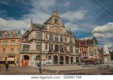 Ghent, Belgium - July 03, 2017. People, Old Buildings And Monument In Ghent. In Addition To Intense