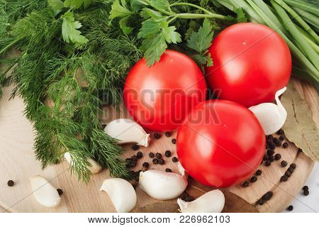 Fresh Raw Tomatoes, Green Onions, Parsley And Dill