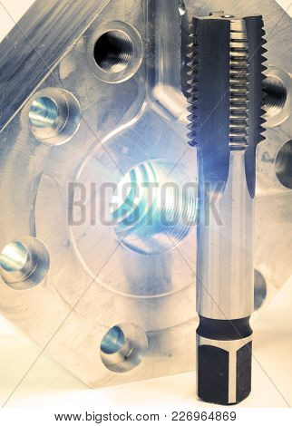 Hand Metal-cutting Tools For Cutting Inside And An External Carving, Toning