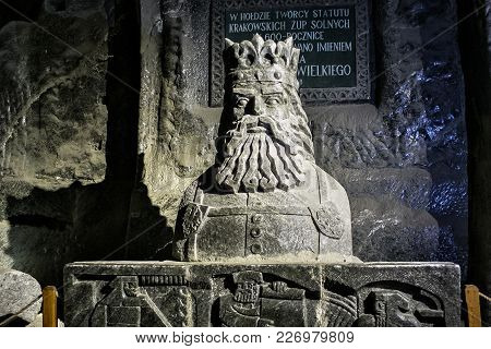 Wieliczka, Poland - May 28, 2016: Statue Of The Casimir Iii The Great In The Wieliczka Salt Mine. Op