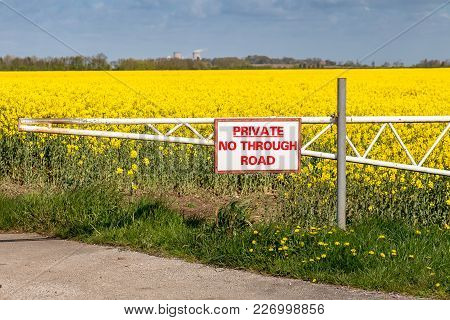 Sign: Private No Through Road, Seen Near Cherry Cobb Sands Clough, East Riding Of Yorkshire, Uk