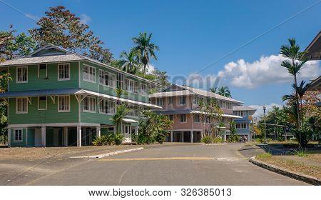 Gamboa Village, Panama - March 2, 2017: Casas Residenciales En El Antiguo Pueblo Colonial De Gamboa,