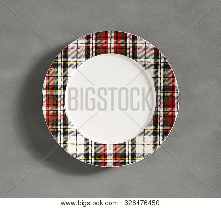 Designer Plate Shape In Check Graphics