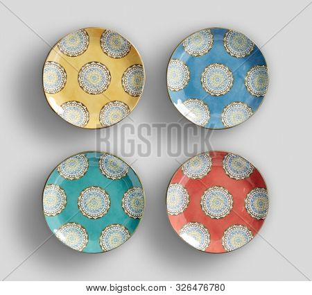 Beautiful Appearance Of Hand-painted Four Plates