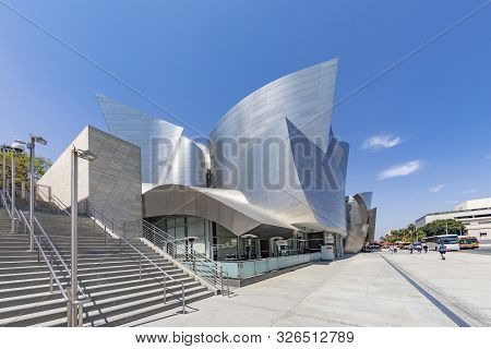 Los Angeles, Usa - May 3, 2019: Walt Disny Concert Hall Designed By Architect Frank Gehry, Is Home O