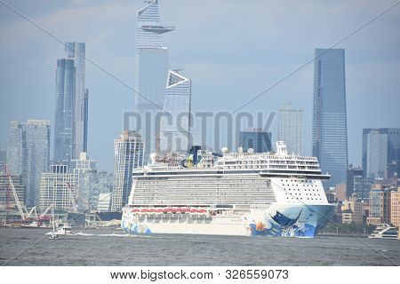 New York, Ny - Aug 4: Norwegian Escape, One Of Ncl\'s Newest And Largest Cruise Ship, As Seen On Aug