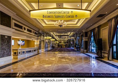 Las Vegas, Nevada, Usa - May 6, 2019: Interior Of The Bellagio Hotel With Direction For The Conventi