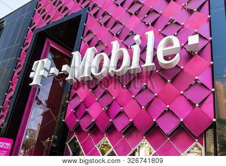 Las Vegas, Nevada, Usa - May 6, 2019: Exterior Of The T Mobile Store On The Las Vegas Strip. In 2019