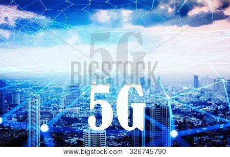 smartcity and 5 G technology - internet connections web and busy metropolis at night