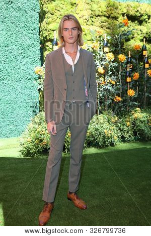 LOS ANGELES - OCT 3:  Luke Eisner at the 10th Annual Veuve Clicquot Polo Classic Los Angeles at the Will Rogers State Park on October 3, 2019 in Pacific Palisades, CA