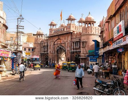 Bikaner, India - Circa March 2018. Street Traffic In Bikaner.