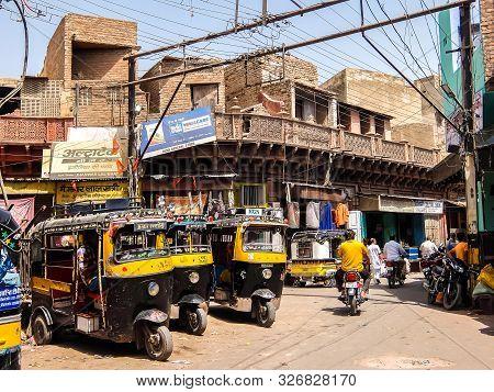 Bikaner, India - Circa March 2018. Rickshaw Cab On The Streets Of Bikaner.