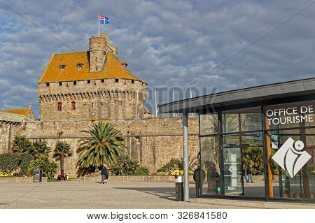 Saint-malo, France, September 30, 2019 : Tour Generale, The Ramparts And The Tourism Office Of Saint