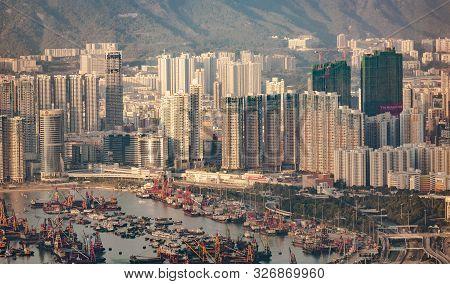 Kowloon, Hongkong - January 9: Hong Kong View From Victoria Peak To The Bay And The Skyscraper Insun