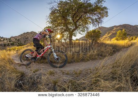 Tuscon, Usa - May 22, 2012: Downhill Rider Simon Seeholzer At Training On The Trail In Tuscon, Usa.