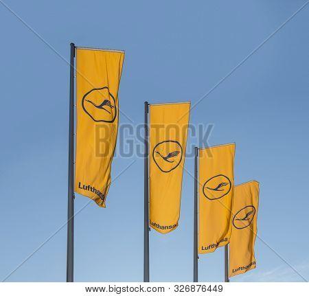 Frankfurt, Germany - March 20 2014: Lufthansa Flag With Lufthansa Symbol, The Crane In Frankfurt, Ge