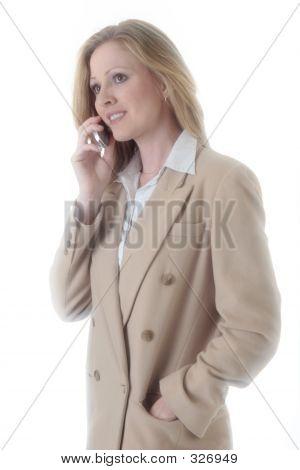 Zakenvrouw op mobiele telefoon