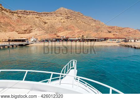Sharm El Sheikh, Egypt - June 7, 2021: View From A Yacht On Service Centers For Tourist Boat Trips A
