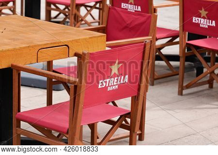 Bordeaux , Aquitaine France  - 07 04 2021 : Estrella Galicia Logo Brand And Text Sign On Seat Restau