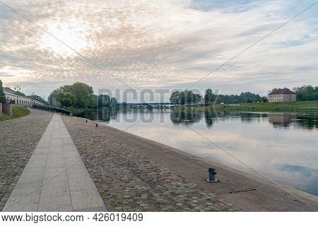 Gorzow Wielkopolski, Poland - June 1, 2021: Morning View On Warta River At Warta Boulevards In Gorzo