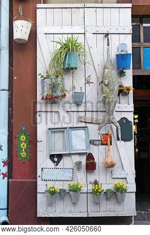Creative Vertical Garden Board Hanging On Terrace With Decorative Wooden Craft Home Decoration And F