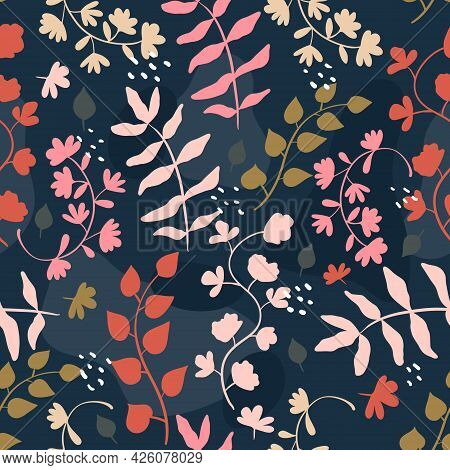 Vector Seamless Trending Pattern. Bright Twigs And Branches With Leaves, Berries And Flowers. Doodle
