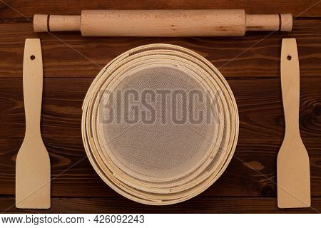 Antique Traditional Flour Sieve, Made From Beech Wood And Fine Wire Mesh, Dough Rolling Pin And Culi