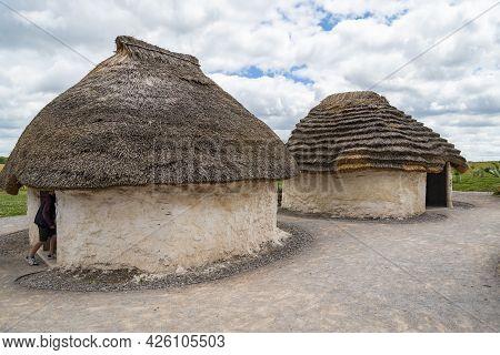 Stonehenge Traditional Mud Hut Replica, In England