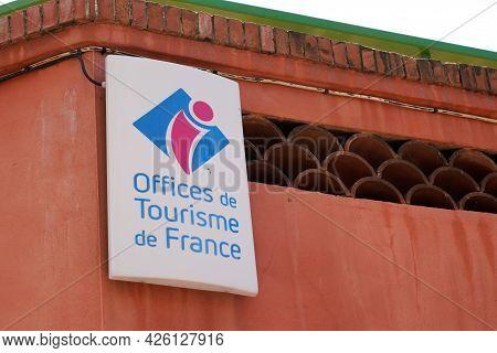 Albi , Ocitanie France  - 06 30 2021 : Office De Tourisme De France Agency French Tourism Office Wal