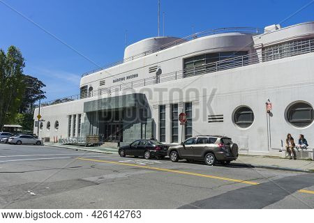 San Francisco,california, Usa - April 18, 2018 : The San Francisco Maritime Museum Along The City\'s