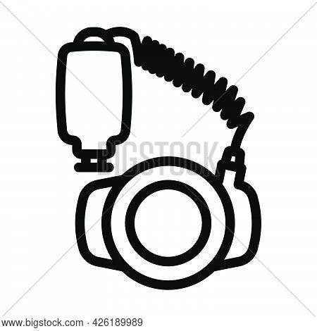 Icon Of Portable Circle Macro Flash. Bold Outline Design With Editable Stroke Width. Vector Illustra