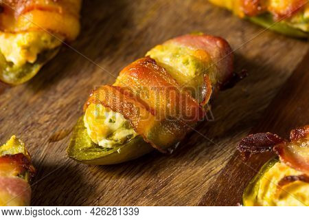 Homemade Bacon Wrapped Jalapeno Poppers