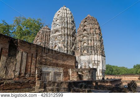 Ancient Khmer Temple Of  Wat Si Sawai In The Historical Park Of Sukhothai City On A Sunny Day. Thail