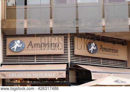 Bordeaux , Aquitaine France  - 07 04 2021 : Amorino Logo Brand And Round Sign Text Of Italian Cafe O