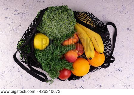 Eco Shopping. Eco-friendly Natural Bag With Organic Fruits And Vegetables. Zero Waste Concept. Plast