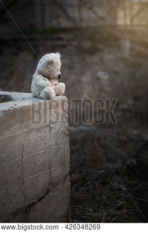 Lonely Teddy Outdoors. Suicide Among Teenager. Child Abuse. Mental Health Of Adolescents And Childre