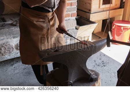 Forges Hammer Work With Metal Backsmith Metalwork