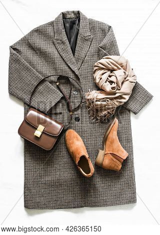 Women's Autumn Spring Clothing - Oversized Plaid Coat, Suede Chelsea Boots, Leather Bag And Beige Ca