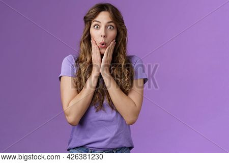 Impressed Surprised Attractive Enthusiastic Girlfriend Hear Shocking Impressive Rumor Gasping Fold L