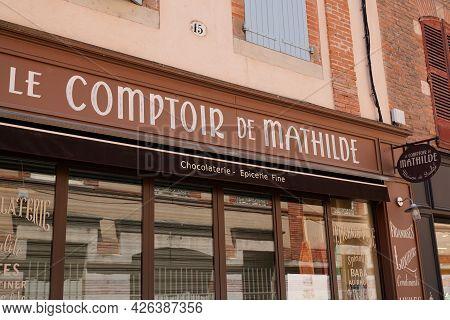 Bordeaux , Aquitaine France  - 07 04 2021 : Le Comptoir De Mathilde Logo Sign Store Of Boutique Conf