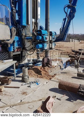 Preparing The Drilling Rig For Work. Tools And Equipment For Perforating Oil And Gas Wells. Drilling